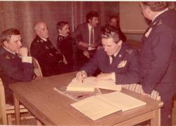 II połowa lat 80-tych. Wizyta 17 komendantów wojewódzkich w nadolskiej strażnicy, na czele z Komendantem Głównym Straży Pożarnej.