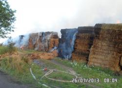 Pożar balotów słomy w Lisewie
