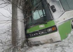 Wypadek autobusu w Strzebielinku
