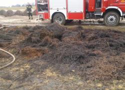 Pożar balotów słomy w Toliszczku