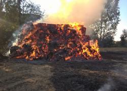 Pożary stert słomy w Lisewie