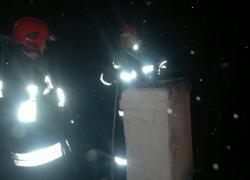 Pożar sadzy w kominie w Perlinie