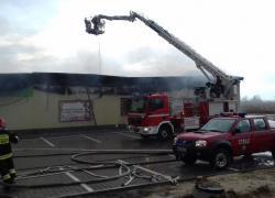 Pożar sklepu wielkopowierzchniowego w Gniewinie
