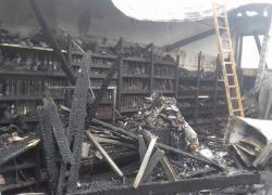 Pożar sklepu wielkopowierzchniowego w Gniewinie - 05.04.2018