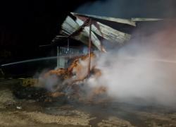 Pożar balotów siana w Bychowie - 04.09.2019