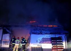 Pożar budynku gospodarczego w Tadzinie